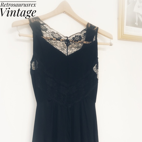 346d188a9 Vintage Boudoir Full Length Black Negligee Small